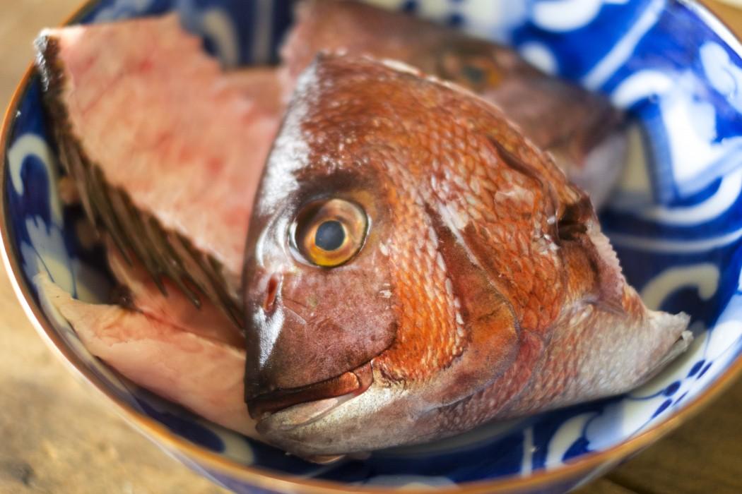 海鮮系居酒屋から出る魚あらのリサイクル
