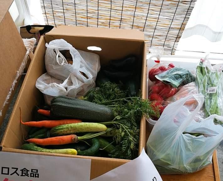 地域社会へ食で支援するフードパントリー